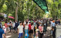 Người dân nườm nượp đổ về Thảo Cầm Viên ngày Quốc khánh