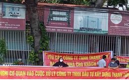 Bình Dương: Hàng chục cư dân Thạnh Tân căng băng rôn đòi bàn giao căn hộ