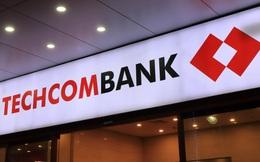 Phó Tổng Giám đốc Techcombank bán 300.000 cổ phiếu TCB