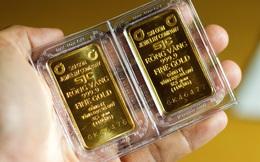 """Giá vàng trong nước """"đắt"""" hơn vàng thế giới 3 triệu đồng/lượng"""