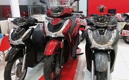 Honda SH đời cũ đội giá hơn 40 triệu đồng, nhiều mẫu xe khác đồng loạt giảm sâu