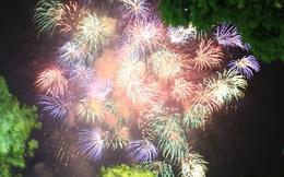 Ảnh: Những khoảnh khắc ấn tượng nhất khi pháo hoa thắp sáng bầu trời Hà Nội và TP.HCM chào đón năm mới 2021