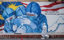 Chứng khoán, tiền tệ Malaysia rớt thảm khi quốc gia này ban bố tình trạng khẩn cấp vì Covid-19