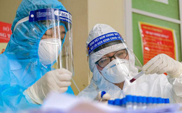 PGS Nguyễn Huy Nga: Virus lần này rất 'tinh vi' chưa thể dự đoán đỉnh dịch, 2 kịch bản sau khi có vắc xin