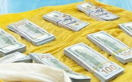Bắt đối tượng vận chuyển hơn 86.000 USD qua Campuchia