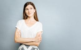 Cách khoanh tay không chỉ tiết lộ về tính cách, thói quen mà còn cho biết về những mối quan hệ của một người: Bạn thuộc kiểu nào?