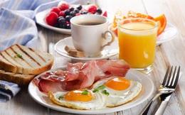 """Bữa sáng quan trọng tới mức nào? Bác sĩ dinh dưỡng chỉ ra nguyên tắc """"vàng"""" để ăn đúng cách và có lợi nhất cho sức khỏe"""