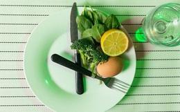 Chế độ ăn này một lần nữa được xếp hạng tốt nhất cho năm 2021, chế độ ăn Keto ít chất béo, ít carb giúp giảm cân nhanh lại xếp cuối cùng