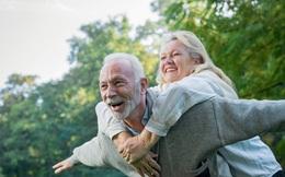 """Tuổi 50 """"nguy hiểm"""", nhiều bệnh tật bộc phát: Người vượt qua 3 thay đổi, thực hiện """"5 tốt"""" mỗi ngày tuổi thọ sẽ kéo dài"""