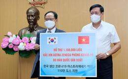 Việt Nam tiếp nhận gần 2 triệu liều vaccine AstraZeneca từ Ba Lan và Hàn Quốc