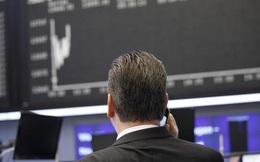 Phiên 7/10: Khối ngoại đẩy mạnh bán ròng 628 tỷ đồng, tâm điểm bán HPG, SBT