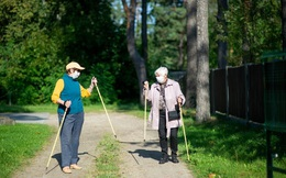 """3 thói quen đơn giản của những người sống tại """"vùng đất trường thọ"""" có thể giúp bạn hạnh phúc và khỏe mạnh trong thời kỳ đại dịch"""