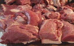 Giá lợn hơi và thịt lợn tiếp tục giảm