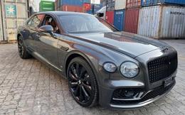 """Bentley Flying Spur First Edition 2021 phối màu kiểu độc về Việt Nam, dành cho chủ xe gu """"mặn"""" chứ không phải bình thường"""