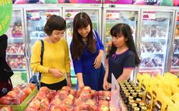'Chi' 140 triệu USD mua rau quả ngoại trong dịp Tết