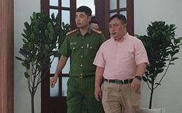 Bắt giám đốc bệnh viện Mắt thành phố Hồ Chí Minh