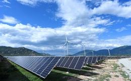 EVN khẳng định đã giảm phát thủy điện, điện than, điện khí hết mức có thể để ưu tiên NLTT