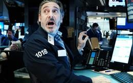 Ngày này năm xưa Dow Jones giảm 13%, 1 năm sau thế giới đã biến đổi chóng mặt ra sao?