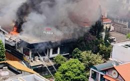 CLIP: Khói, lửa bao trùm nhà hàng BBQ trong khu Thảo Điền