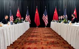 Quan chức ngoại giao cao nhất của Mỹ và Trung Quốc khẩu chiến trước mặt phóng viên, cuộc họp báo 4 phút kéo dài 1h15'