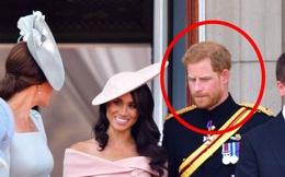 """Chuyên gia chỉ ra bằng chứng cho thấy Harry bất mãn với chị dâu Kate từ lâu liên quan đến drama """"chiếc váy phù dâu"""" khiến Meghan phải khóc"""