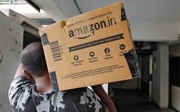 """Quyết đấu giới siêu giàu: Tập đoàn của Jeff Bezos đang """"gõ cửa từng nhà"""" hòng đánh bại tỷ phú giàu nhất châu Á như thế nào?"""