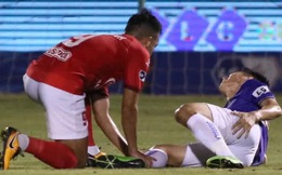 Hùng Dũng gãy hai xương chân phải, không thể đá vòng loại World Cup 2022
