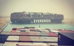 Những con số gây choáng về vụ siêu tàu mắc kẹt ở kênh đào Suez