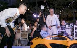 Ông trùm Nhựa Long Thành và phu nhân dự sinh nhật chắt trai, U70 mà đại gia vẫn phong độ đỉnh cao!