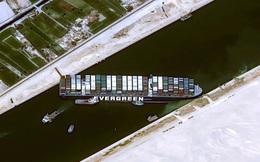 Khi máy xúc và tàu kéo vô dụng, các chuyên gia đang chờ Thiên Nhiên ra tay giải cứu tàu Ever Given mắc cạn tại kênh đào Suez