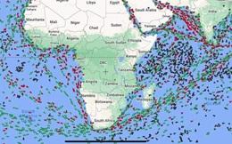 Hàng loạt tàu hàng quay đầu gấp giữa biển, chuyển hướng vòng qua mũi Hảo Vọng để tránh kênh đào Suez