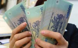 Một dòng tiền lớn chảy mạnh vào cả kênh ngân hàng và chứng khoán: Nguồn tiền này đến từ đâu?