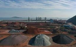 """Giá quặng sắt """"bốc hơi"""" 10% trong ngày 9/3, giá thép các loại cũng sụt mạnh"""