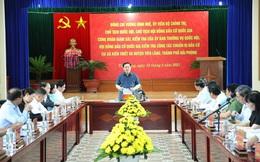 Chủ tịch Quốc hội Vương Đình Huệ kiểm tra công tác bầu cử tại Hải Phòng