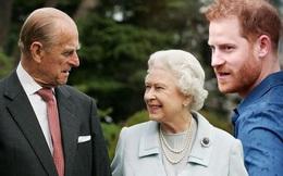 Harry gây tranh cãi về trang phục trong tang lễ, Nữ hoàng đưa ra quyết định chưa từng có để vẹn cả đôi đường