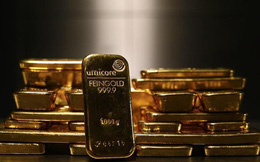 Vàng và USD tự do đồng loạt tăng cuối tuần