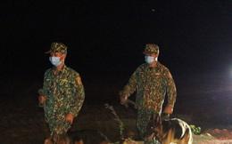 Trắng đêm phòng 'giặc COVID-19' ở biên giới Tây Nam