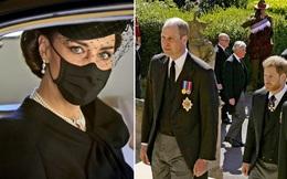 Hoàng gia Anh tạm dừng việc hòa giải ngay sau khi Harry về Mỹ vì loạt động thái phản bội của nhà Sussex