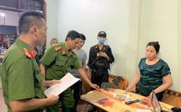 """Hai """"quý bà"""" cầm đầu đường dây cho vay nặng lãi hàng tỉ đồng ở Quảng Bình"""