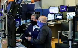 Một số cổ phiếu vốn hoá lớn rớt giá mạnh, Dow Jones mất hơn 150 điểm
