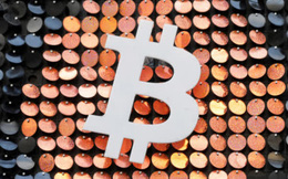 Bloomberg: Bitcoin đang đối mặt với khoảnh khắc 'được ăn cả ngã về không'