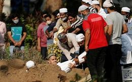 Người đào mộ ở Ấn Độ kiệt sức vì làm việc 24 giờ/ngày