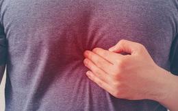 """Đau âm ỉ vùng xương ức, bệnh nhân tưởng mắc ung thư, hoá ra thủ phạm là """"sự cố"""" trong bữa ăn"""