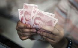 Giới trẻ Trung Quốc nợ nần chồng chất, lâm vào bước đường cùng vì lạm dụng các kênh cho vay trực tuyến