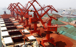 """Căng thẳng với Úc, Trung Quốc đã làm cách nào để thỏa mãn """"cơn đói"""" quặng sắt của mình?"""