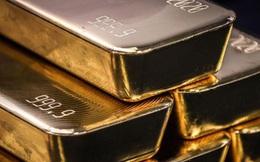 Giá vàng thế giới hoàn tất tháng tăng đầu tiên trong năm 2021