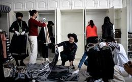 Nở rộ nghề dọn tủ quần áo cho giới siêu giàu: Việc nhẹ lương cao, kiếm vài trăm triệu/năm