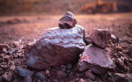Sàn Đại Liên (Trung Quốc) cân nhắc chấp nhận loại quặng sắt thấp cấp hơn để hạn chế giá tăng