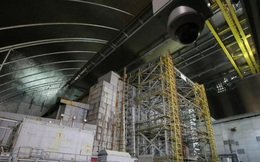 Đáng sợ: Nhà máy hạt nhân Chernobyl lại cháy âm ỉ và có thể phát nổ