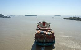 Bloomberg: Kinh tế thế giới đột ngột gặp khó trên mọi phương diện